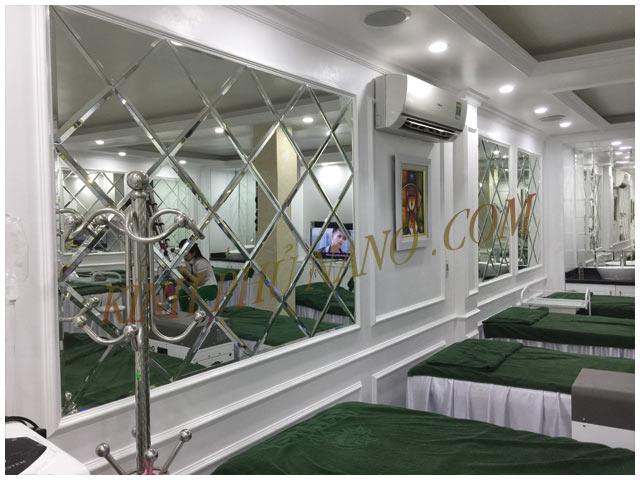 Gương trang trí quán Spa