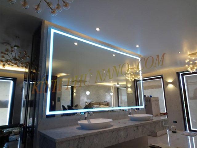 Gương phòng tắm Nhật Hằng