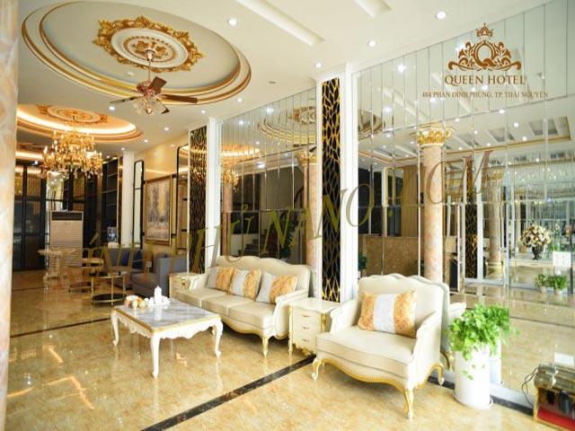 Gương trang trí sảnh khách sạn Queen