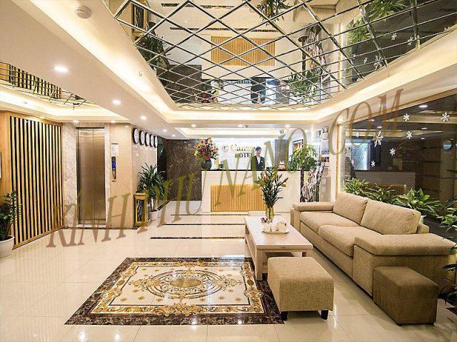 Trần gương ghép trang trí lắp tại khách sạn Monaco Quảng Ninh