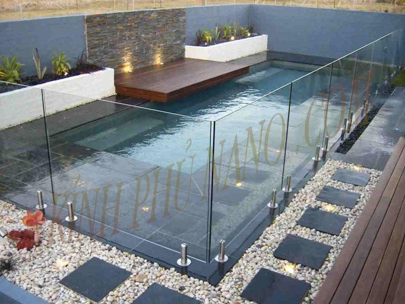 Mẫu lan can kính bể bơi ngoài trời