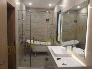 Phòng tắm kính pha lê siêu trắng sáng mang lại sự tiện nghi cho gia chủ