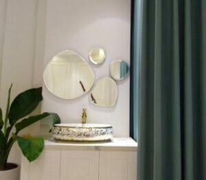 Gương ghép trang trí phòng tắm đẹp