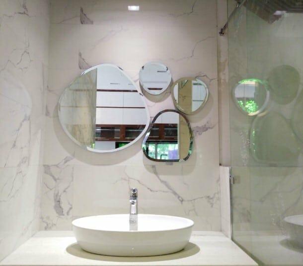 Ưu điểm của gương phòng tắm ghép trang trí